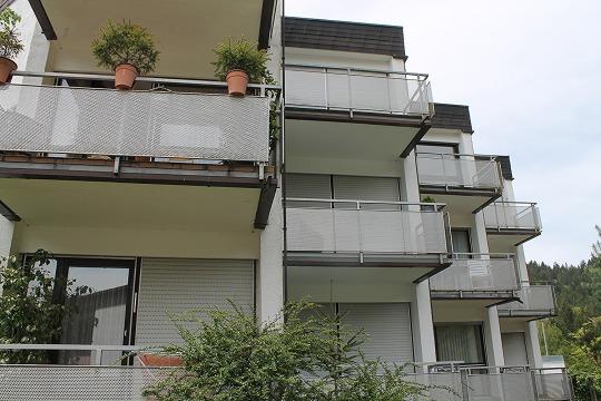 Симпатичная квартира с ванной комнатой и кухней в Байрсброне